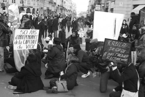 Bordeaux Protest 'Du Sang Sur Nos Portables'